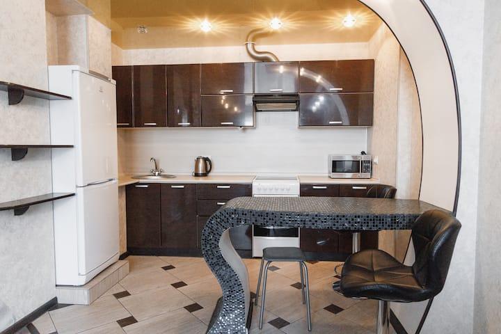 Красивая 2-комнатная квартира в центре г.Артема.