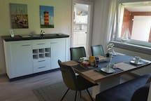 Zentrales Ferienhaus in Leer, Hafennähe, 2 SZ