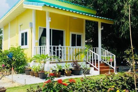 Ban Ing Suan - Savaros Cottage