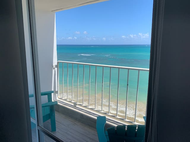 MAGICAL VIEW APART IN PRIME ZONE ISLA VERDE