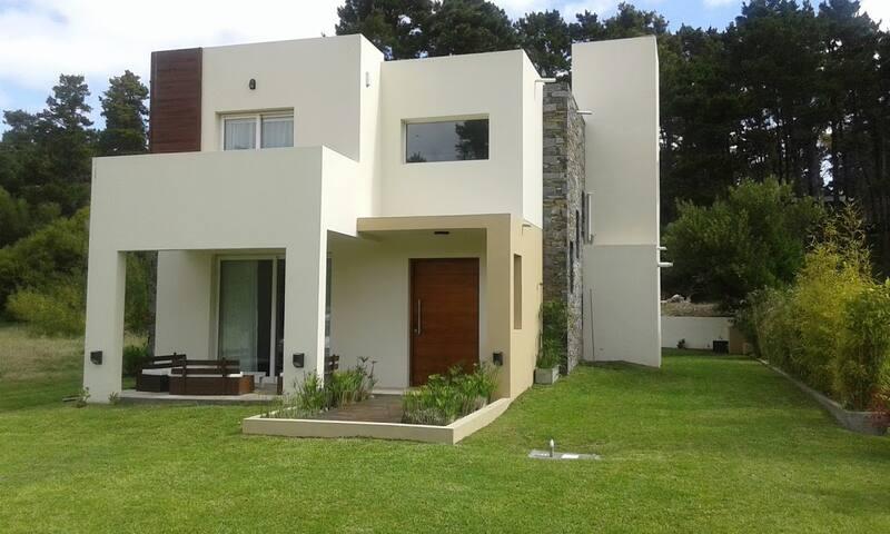 Moderna casa apta 2 familias/grupos - Mar de las Pampas - Dům