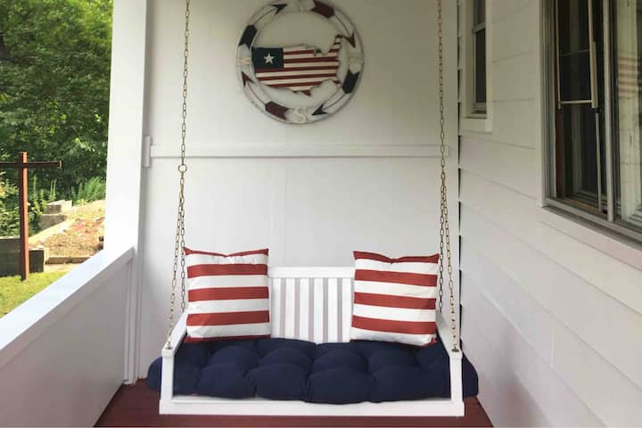 Coney Cottage II: Lincoln Suite