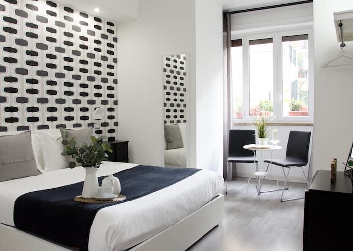 Superior Double Room @C'est la vie suites (Roma)