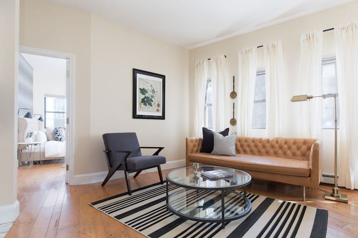 Unique 1BR in Financial District by Sonder