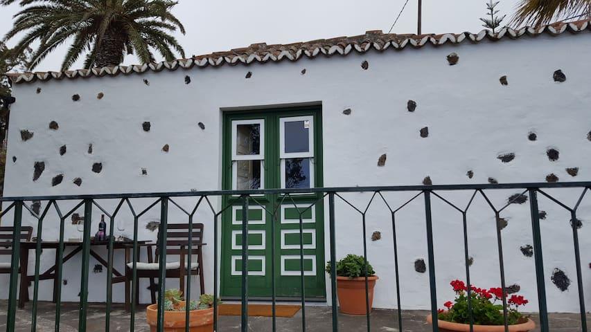CASITA CANARIA MUY BIEN UBICADA - Breña Baja - Rumah