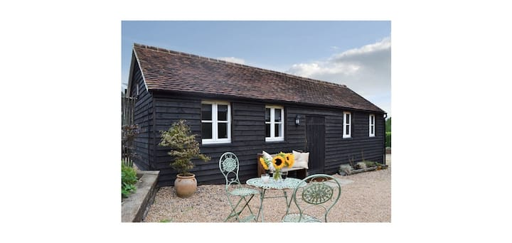 The Stable - Lower Barn Farm, Bodiam, East Sussex