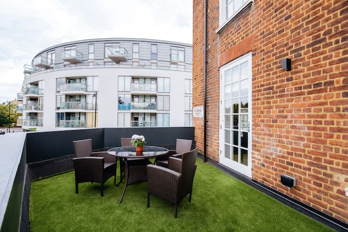 Modern Refurbished Apartment, Islington