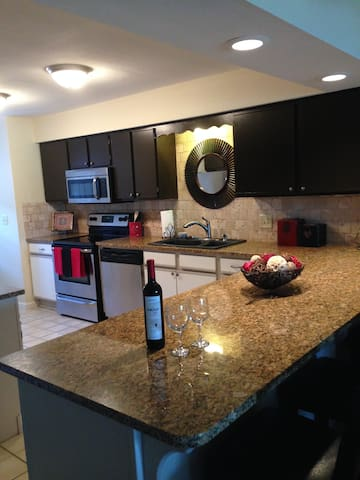 Luxury condo in heart of Branson - Branson - Condo