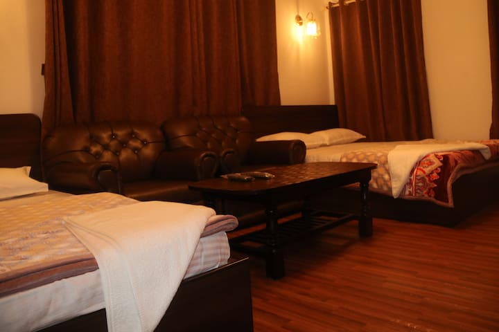 Great Nepal Bed & Breakfast Restaurant & Bar