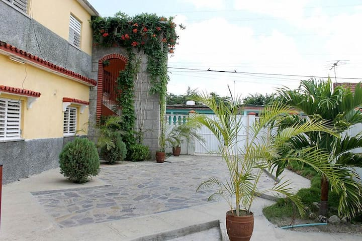 Novoa House, between beach and city - Casilda - Penzion (B&B)