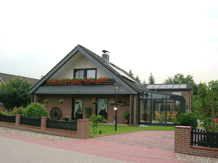 Nette *** Ferienwohnung Haus Wiesengrund Lehmrade