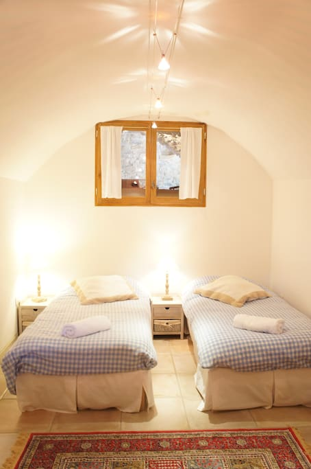 2 lits simples ou un grand lit à vous de choisir