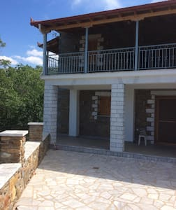 Tranquility and hospitality - Agios Petros - House