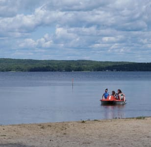 100% Private Family Cottage & Beach - Sundridge