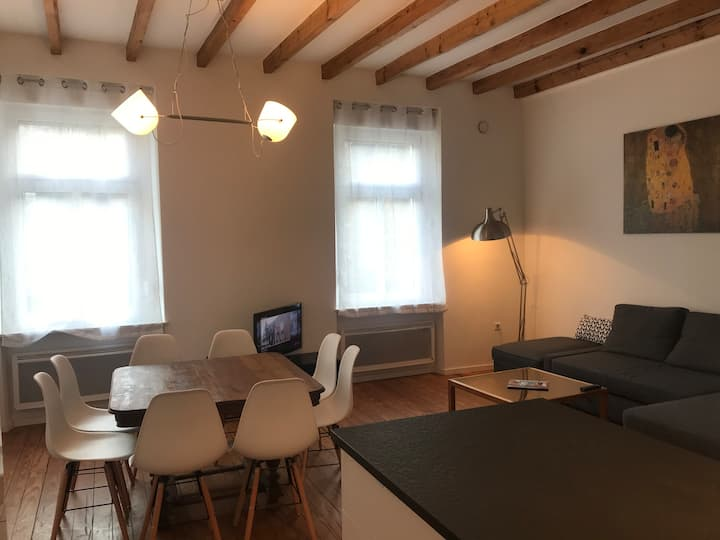 ♥Entire house next to Center & Kirchberg +Parking♥