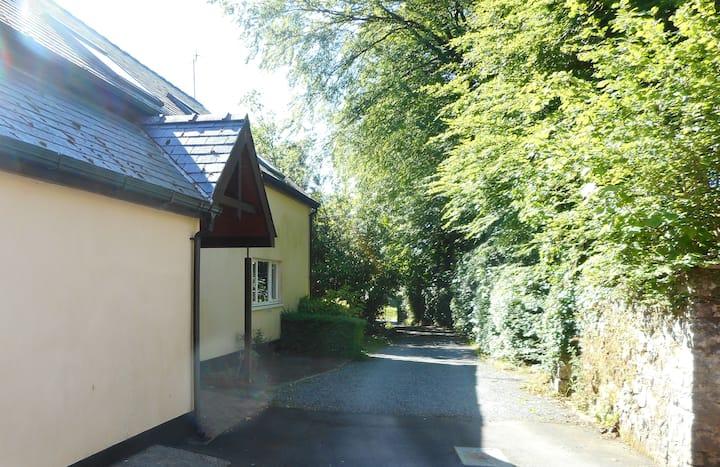 4- bedroom Apartment rural Pembrokeshire sleeps 7