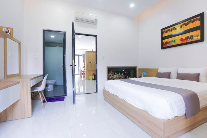 Ground Floor Suite Count: 1 Double Bed Size