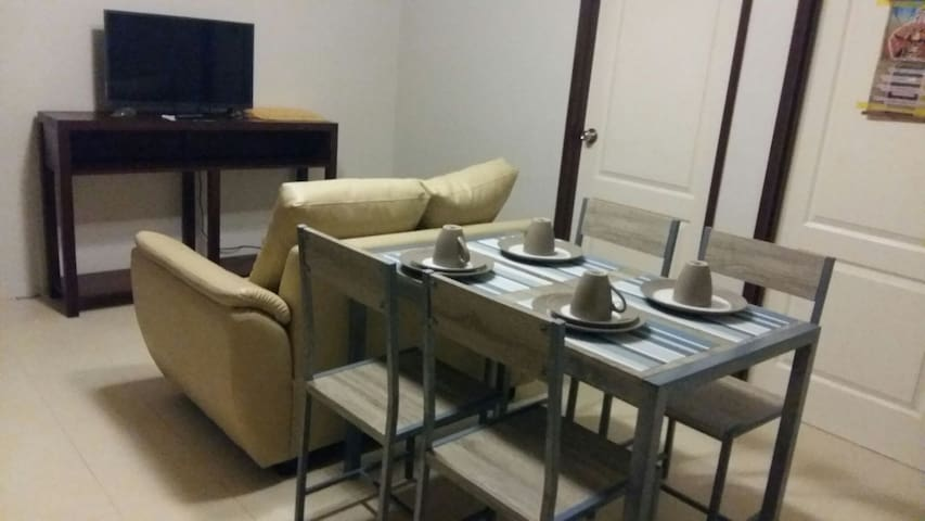 Relaxing 607 - 2 Bedroom Unit - Cebu City - Byt