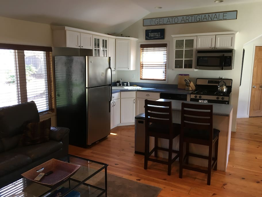 Full kitchen with all appliances.