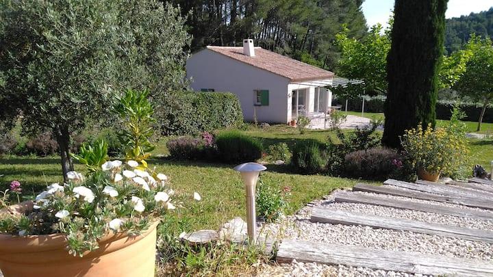 L'oustaloun de la Parette, 70m2 à Auriol, Provence