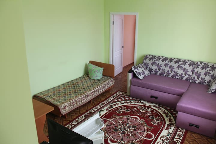Двухкомнатная квартира Гостевой дом АРБУЗ - Zaliznyi Port