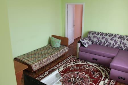 Двухкомнатная квартира Гостевой дом АРБУЗ - Zaliznyi Port - Teljesen felszerelt lakás