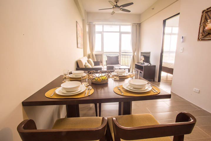 A beautiful condo with sea view - Malay - Condominium