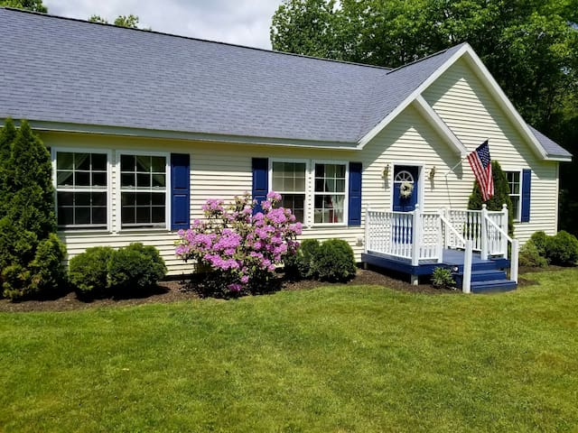 Relaxing Maine Retreat - Minutes to Beach