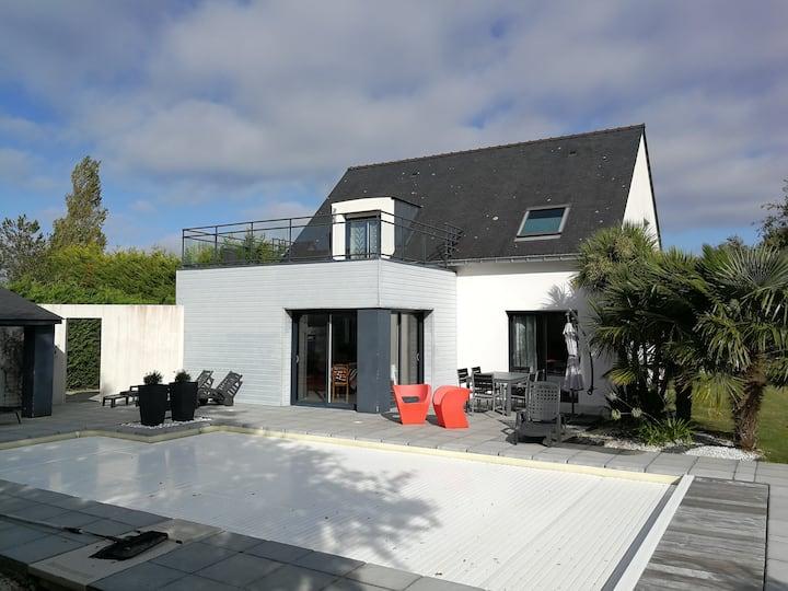 Maison avec piscine (mai à sept), 56 St Armel, 4*