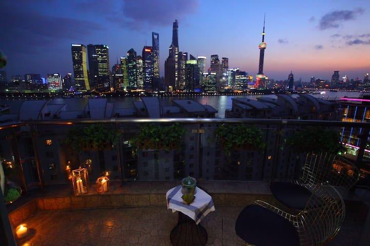 外滩江景套房零距离尽享陆家嘴风景(霓尚梦) - Shanghai - Lägenhet