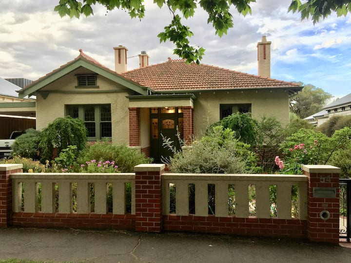 Luxury in Lake Wendouree