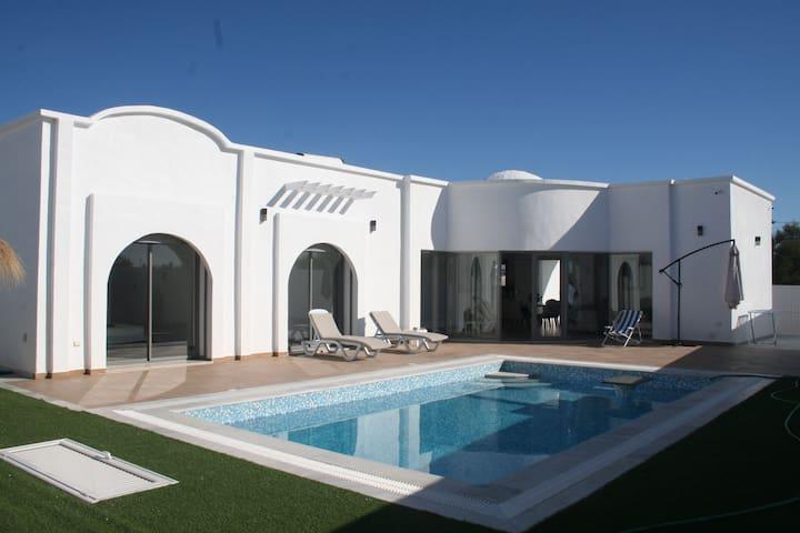 Villa Nour Djerba. Plain pied proche la Lagune