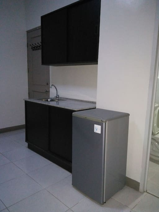 1 Bed Apartelle Room, 4th Floor Garnet Place Bldg.