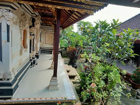 Family Compound in Remote Bali Honey Farm