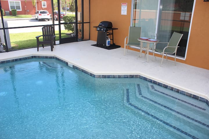 ACO FAMILY – 4 bd TOWNHOME WITH POOL (1618) - Kissimmee - Lägenhet