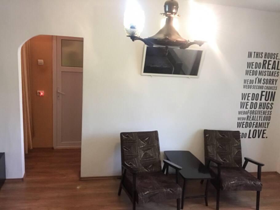 Livingroom II