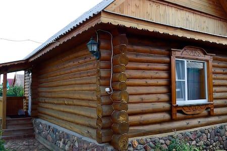 Рубленый гостевой домик с камином - Suzdal'