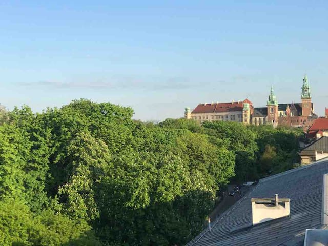 Brand new! Castle view! Balcony 3 min Main Square