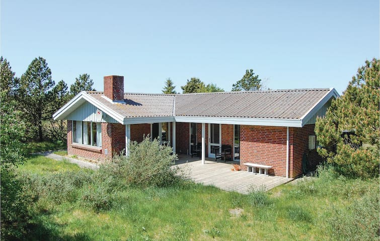 Holiday cottage with 3 bedrooms on 75m² in Nørre Nebel