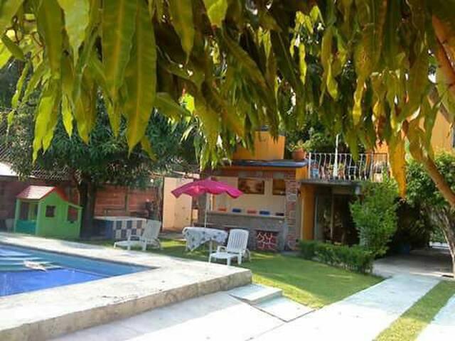 Excelente Quinta en Miacatlan, Morelos.