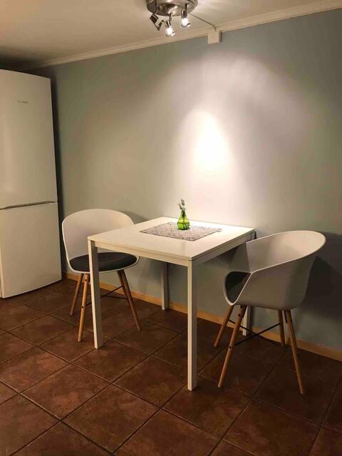 Great alternative to hotel in Porsgrunn. Reach m fiber