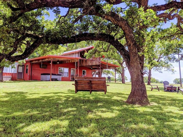 Double Branch Farm - Great Weekend Getaway!