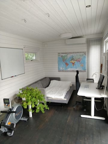 Guest house with work station near Kista and Solna