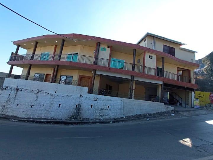 Al sadiq guest house Murree