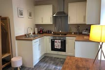 Full kitchen, great for cooking homemade meals