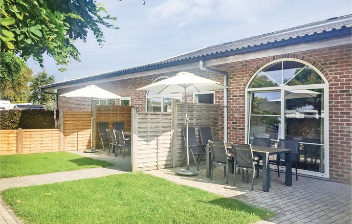 Amazing home in Groede with WiFi and 2 Bedrooms