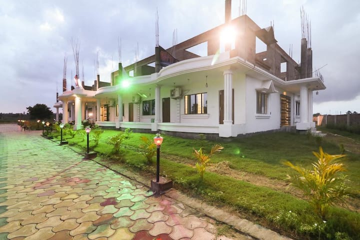 [Sanitized] Holiday Resort Bolpur