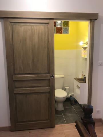 Cabinet de toilette du premier étage