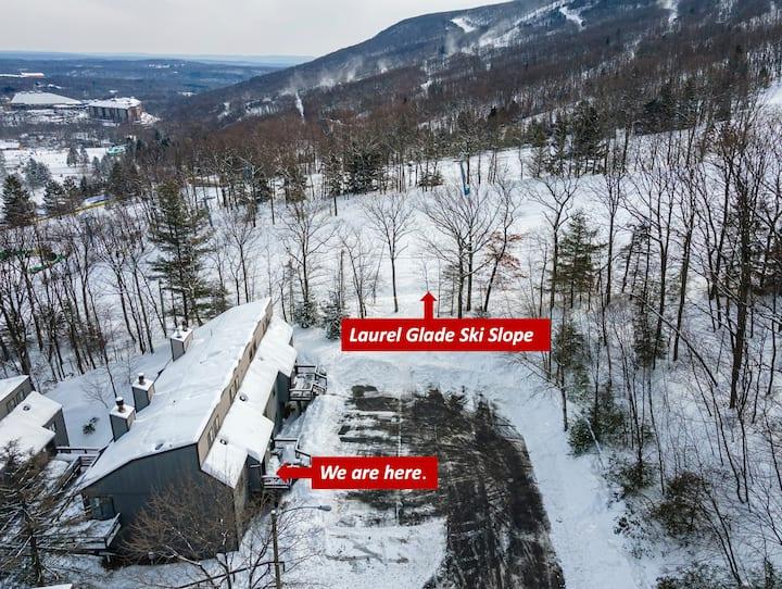 Ski in ski out, 60 ft from ski slope of Camelback