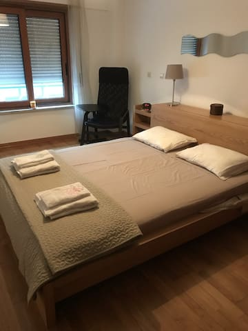 Master Bedroom with Private WC, near Lisbon